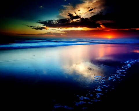 1392385583324_yes-its-here-amazing-blue-lovely-reflection-sky-water-1024x1280.jpg